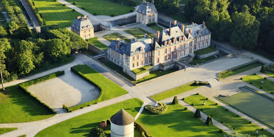 Castle for wedding in Paris