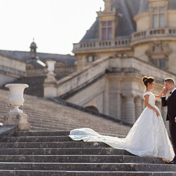 Château wedding package in France