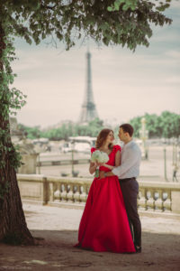 paris city of love with wedding planner in paris (2)