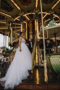 Mariée sur un manège dans le Sud de la France