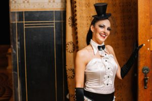 cabaret-animation-for-wedding-in-france-31