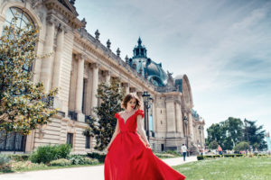 paris city of love with wedding planner in paris (15)