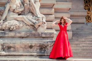 paris city of love with wedding planner in paris (17)