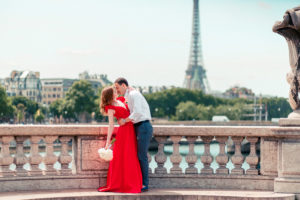 paris city of love with wedding planner in paris (22)