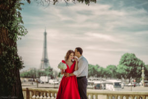 paris city of love with wedding planner in paris (3)
