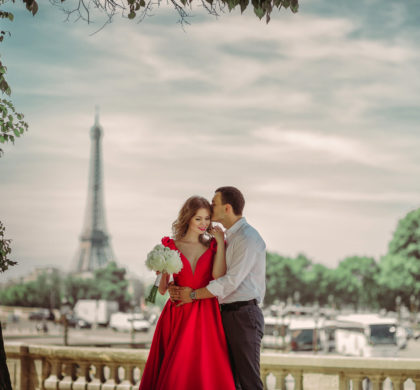 Love story in Paris, city of LOVE